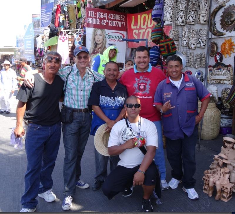 La garita internacional de San Isidro (Tijuana): Los personajes de la linea fronteriza 2013-121