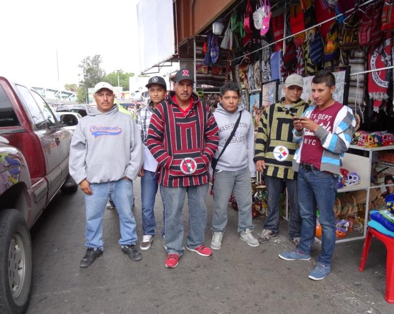 La garita internacional de San Isidro (Tijuana): Los personajes de la linea fronteriza 2013-122