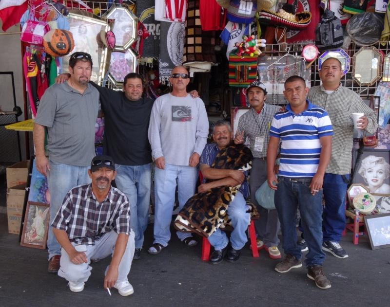 La garita internacional de San Isidro (Tijuana): Los personajes de la linea fronteriza 2013-123