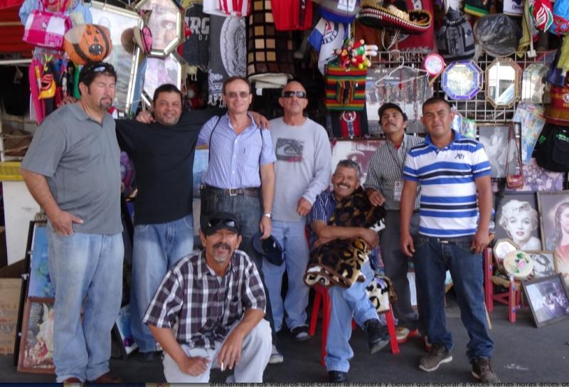 La garita internacional de San Isidro (Tijuana): Los personajes de la linea fronteriza 2013-124
