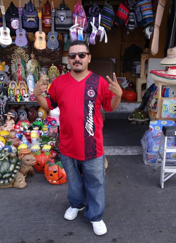 La garita internacional de San Isidro (Tijuana): Los personajes de la linea fronteriza 2013-129
