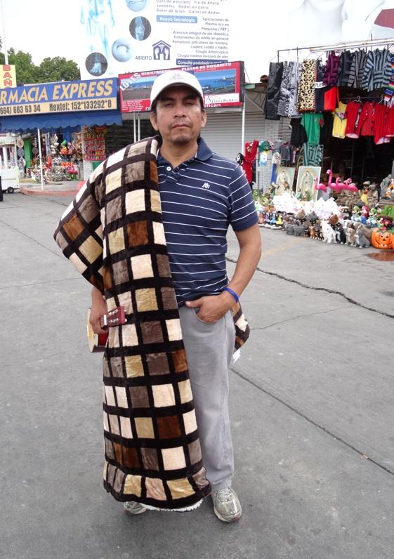 La garita internacional de San Isidro (Tijuana): Los personajes de la linea fronteriza 2013-132