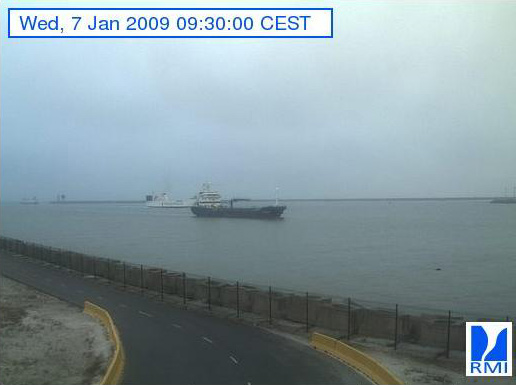Photos en direct du port de Zeebrugge (webcam) - Page 6 Zeebru11
