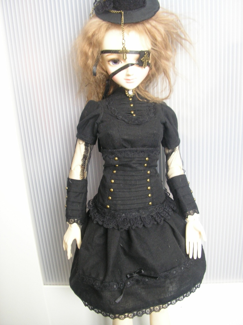 CréaCattel:Steam, Lolita, Goth nouveautés ... p5 - Page 5 Poupie10