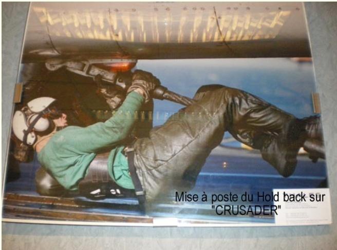 [Aéronavale divers] UNE PENSÉE POUR LES CRUSADERS - Page 9 Holdba17