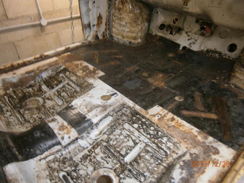 Restauration de la caravelle 1100S de juju Pc280011