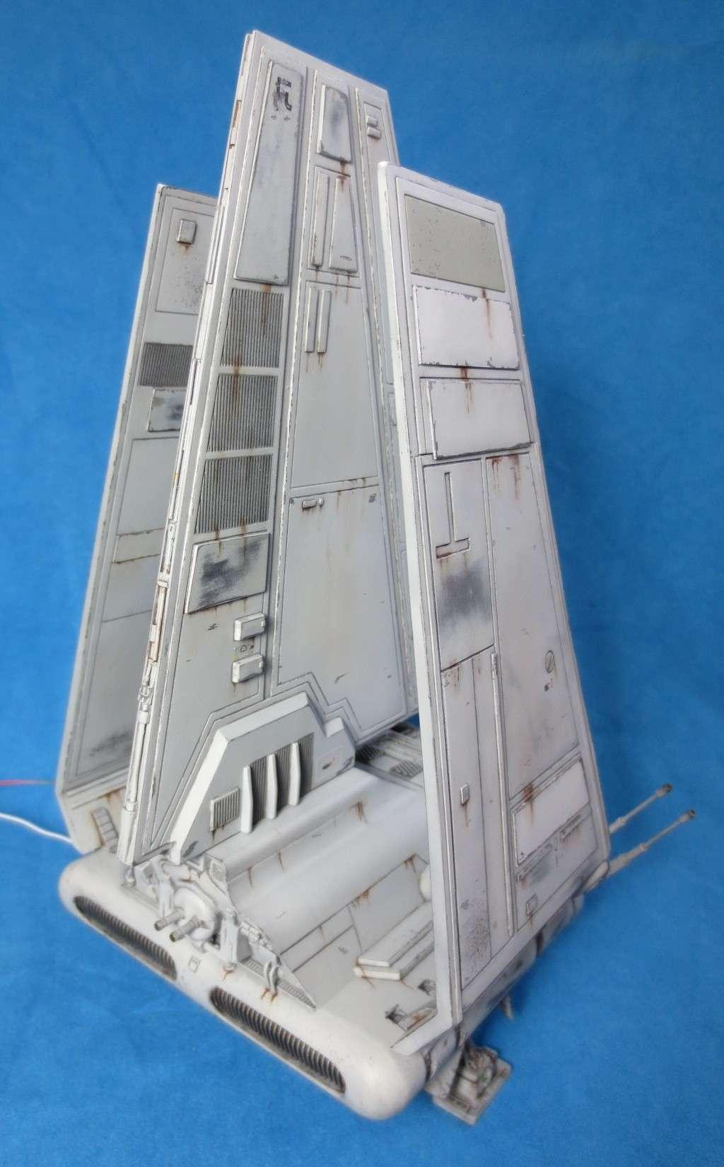Navette impériale de classe Lambda - Page 6 Arr_fi10