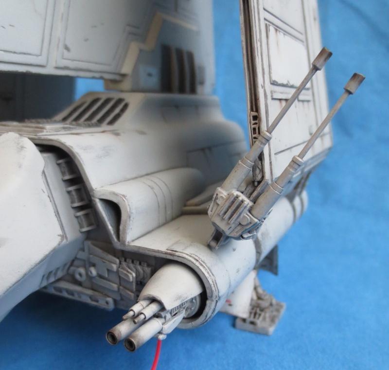 Navette impériale de classe Lambda - Page 6 Canons10