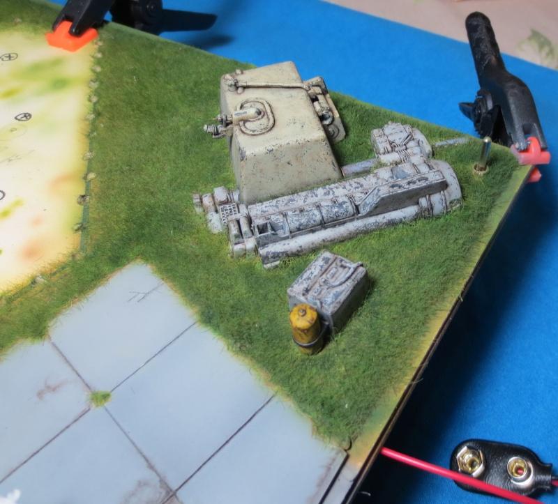 STAR WARS : Plateforme d'atterrissage pour Navette Lambda - Page 2 Img_2111