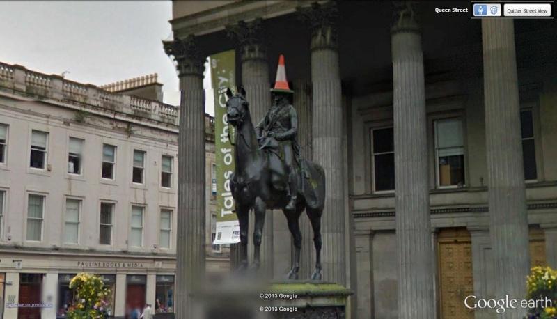 Street View  : Statue équestre duc de Wellington Glasgow Ecosse Glasgo10