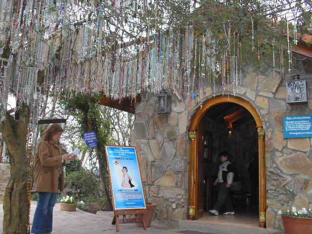 VIRGEN DE LOS TRES CERRITOS - SALTA - ARGENTINA P7160011