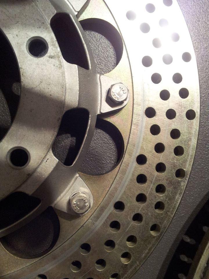 disques fonte suite 210