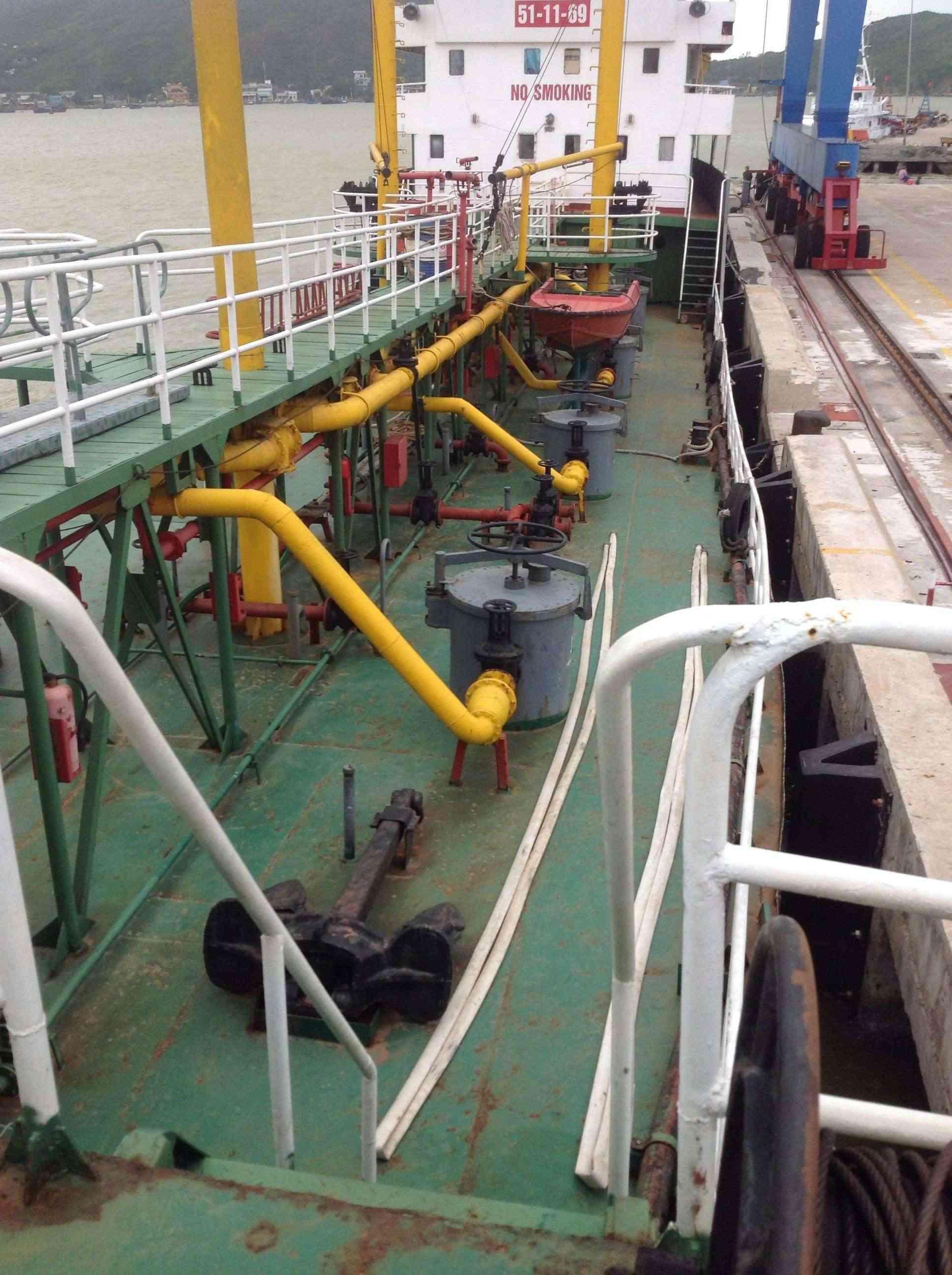 Thi công chống thấm, gia cường bề mặt vỏ tàu bằng vật liệu siêu bền Polyurea ! 912c3e10