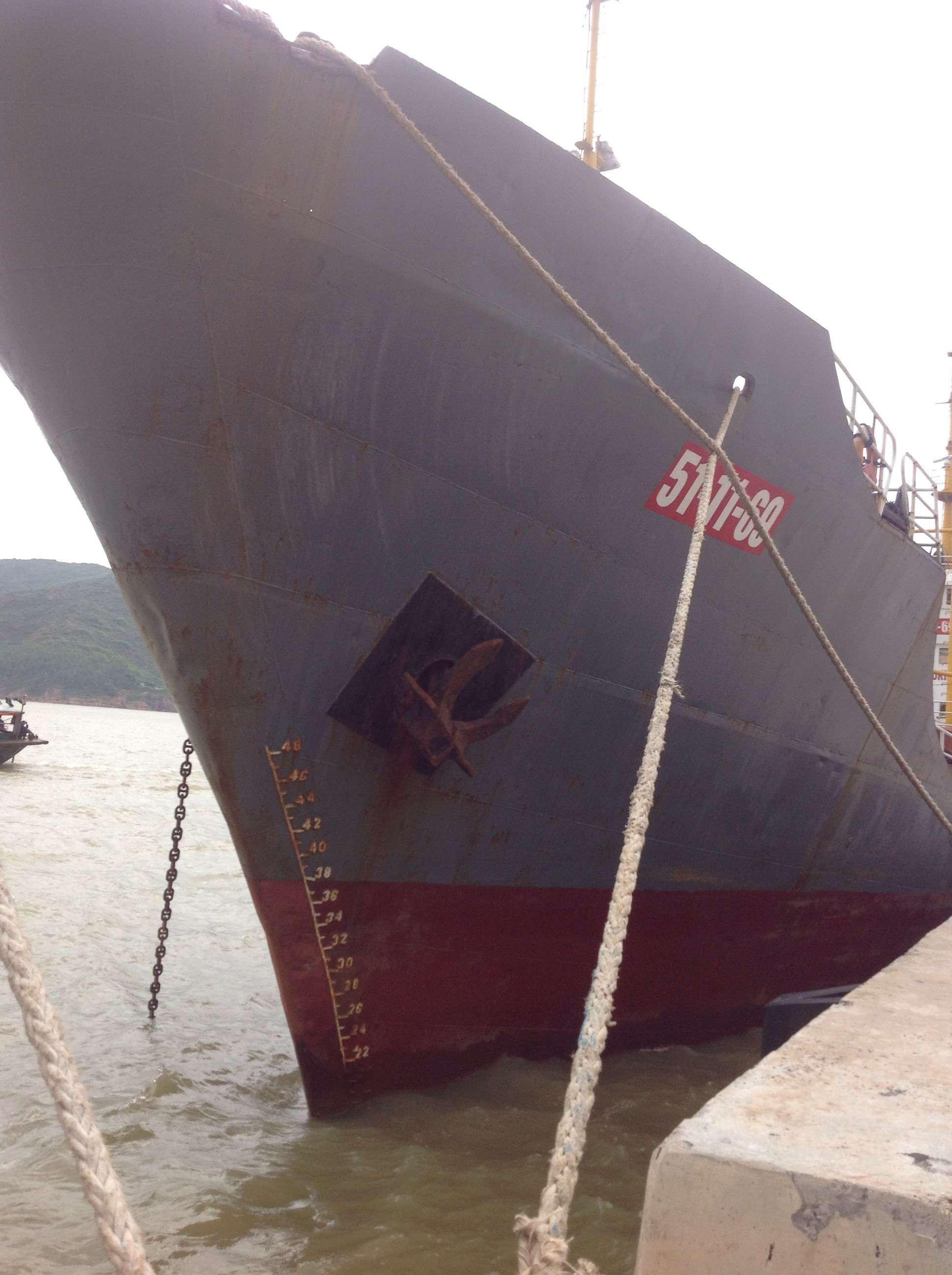 Thi công chống thấm, gia cường bề mặt vỏ tàu bằng vật liệu siêu bền Polyurea ! 99781510