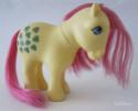 [TUTO-REIMPLANTATION] Bien choisir ses mèches Dollyhair pour les poneys Yellow13