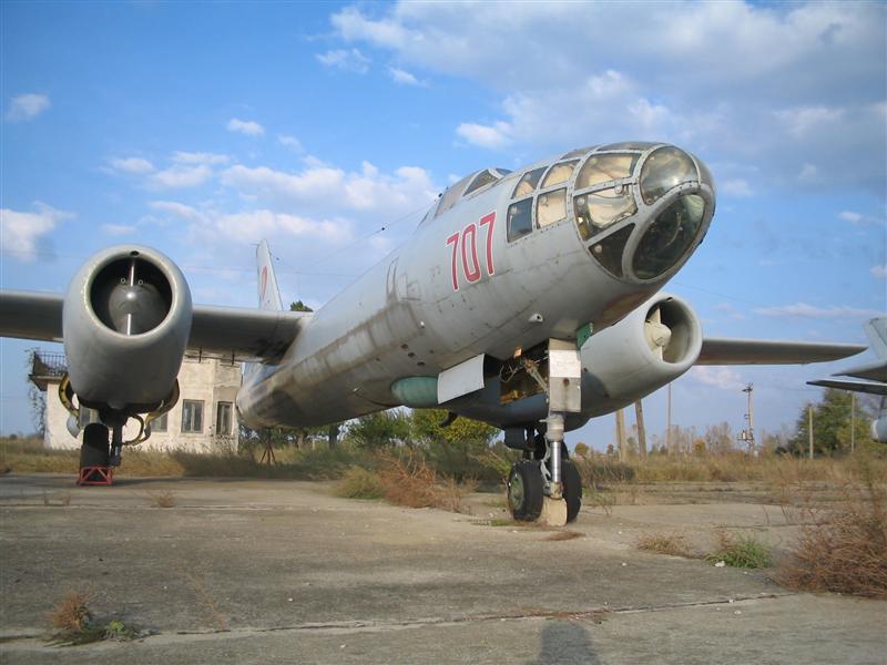 Hong H-5B/C/J in RoAF. Img_0011