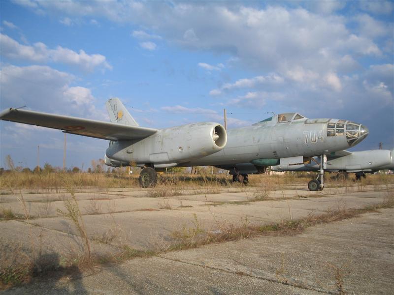 Hong H-5B/C/J in RoAF. Img_0012