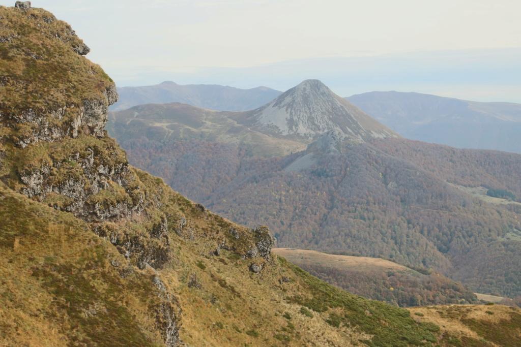 L'automne sur le massif cantalien Img_9914