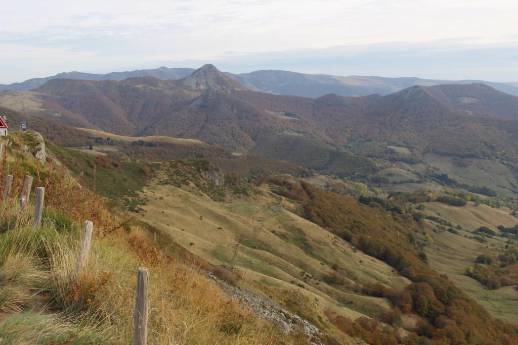 L'automne sur le massif cantalien Img_9917