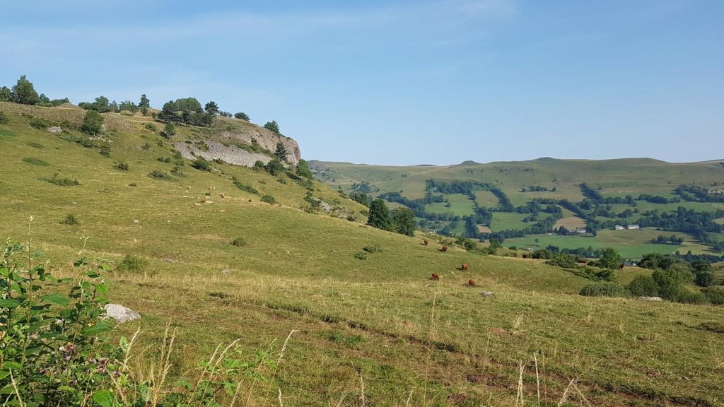 Panorama du rocher de Laqueuille (Dienne) Rocher11