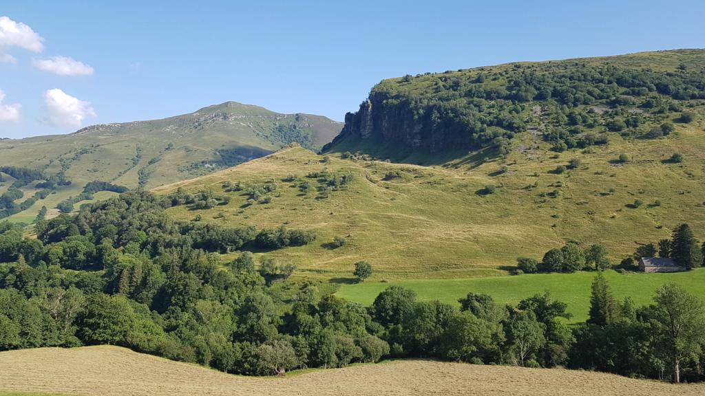Balade en vallée de l'Impradine (Lavigerie) Vallee10