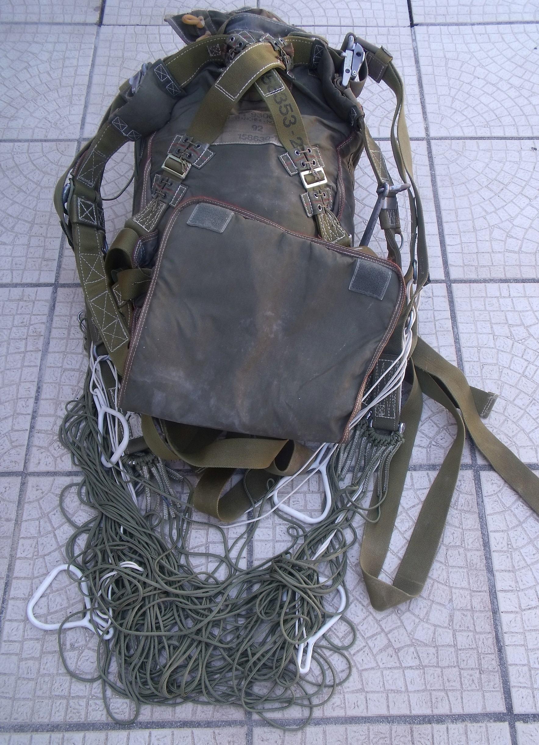 trouvaille parachute AERAZUR  00113