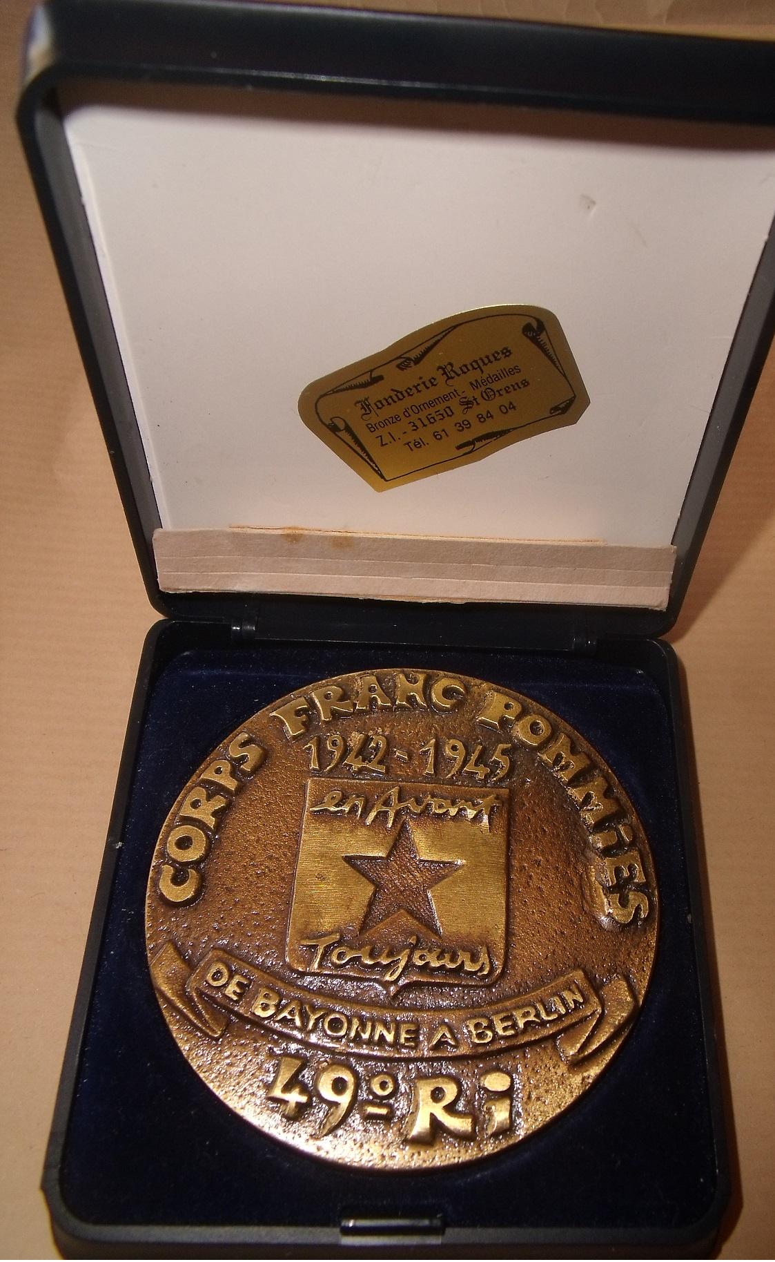 medaille souvenir CORPS FRANC POMMIES  00141