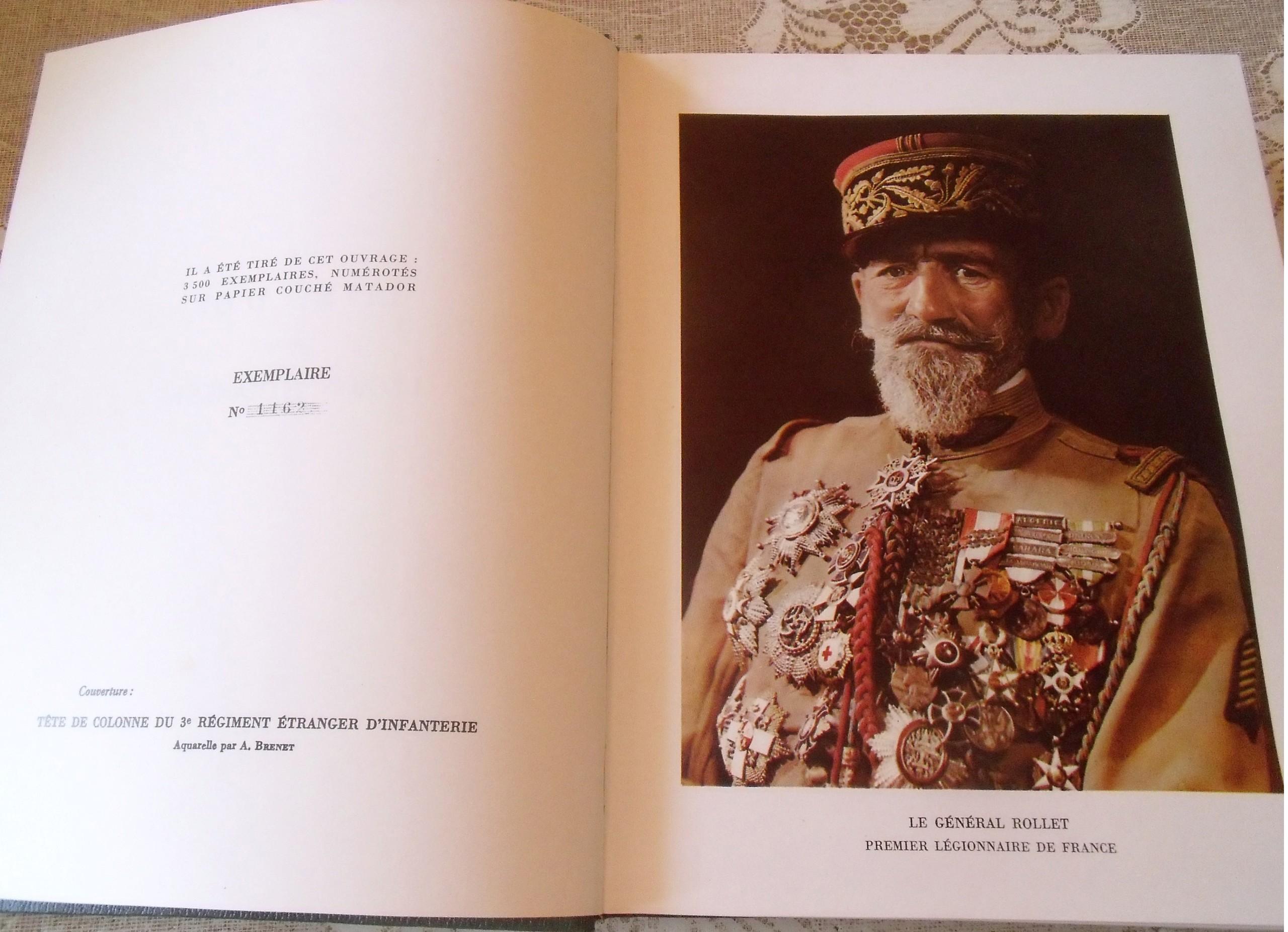 chez un ancien lot de livres militaires PARA/LEGION-dedicacé 00251