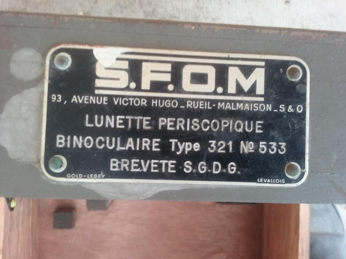 ttrouvaille / caisse d'optique SFOM barrette de decos  20200112