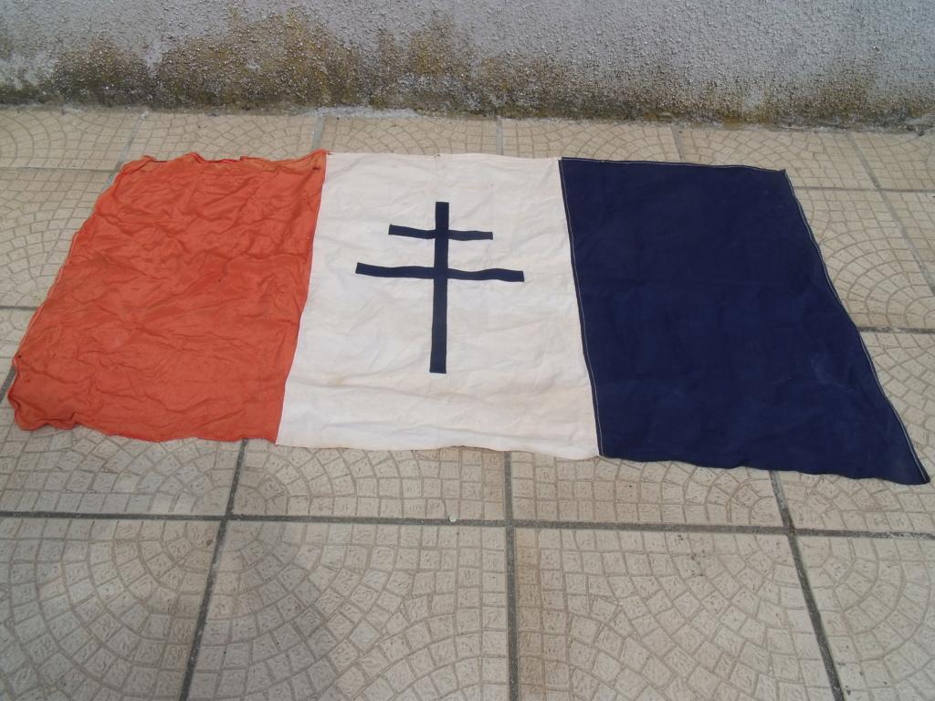 drapeau francais croix de LORRAINE Drapea10