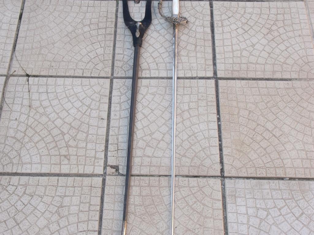 dernière trouvaille 09 épée d'administration ou de préfet Dscf7413
