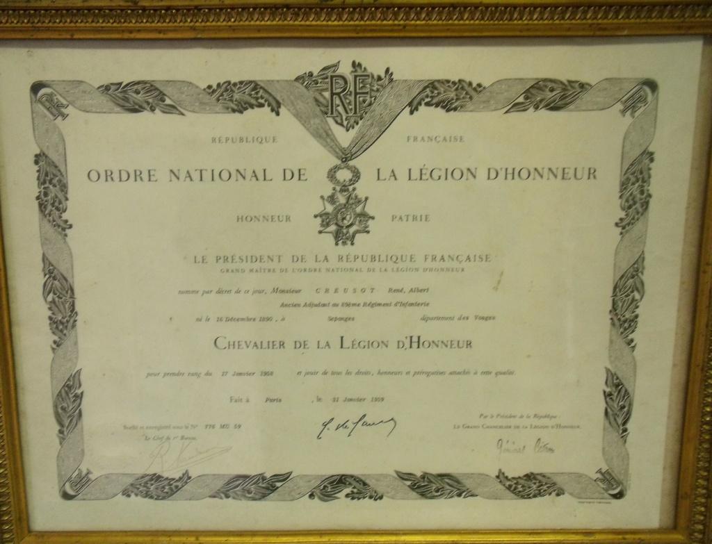 diplôme Légion d' Honneur ancien poilu classe 1910 des Vosges Dscf7650