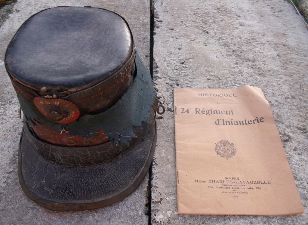 brut de maison shako livret du 24ème RI HISTORIQUE 14/18i Dscf7713
