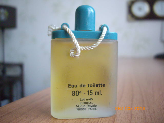 """L'Oréal : Fleurie Jolie - """"bien-être"""" (1978) Imgp0356"""