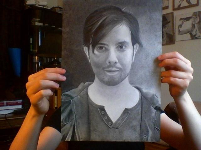 [Dessin] Portraits hyperréalistes faits avec amour, parce que les acteurs du VDF sont décidément très beaux Image220