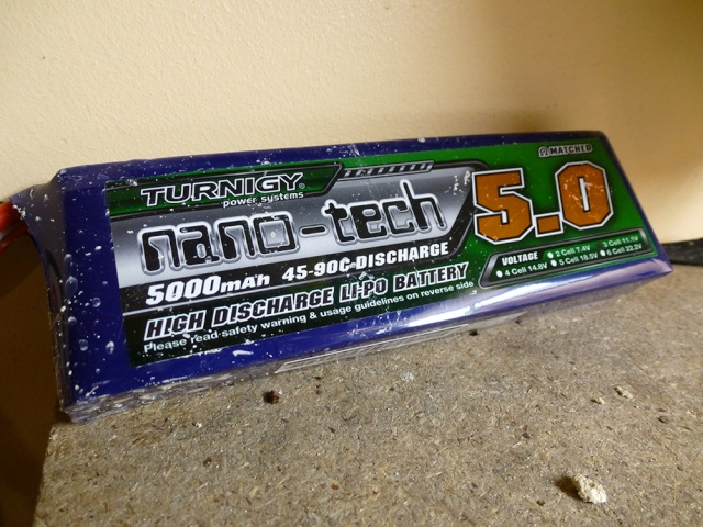"""HPI Savage 6 roues chassis """"Patoch Racing"""" - Page 2 P1010214"""