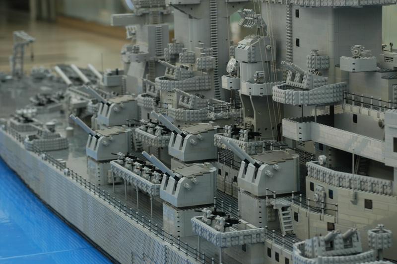 navires reproduits en lego - Page 2 13903213