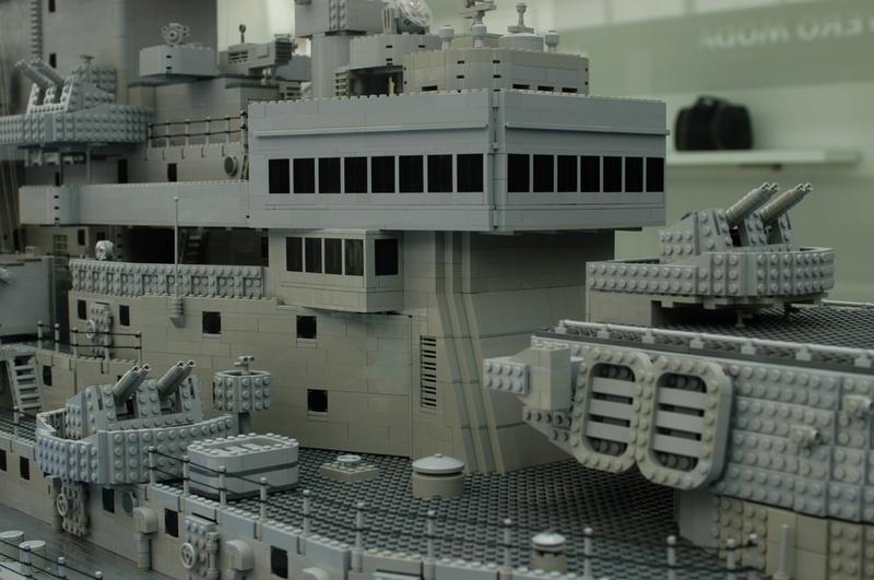 navires reproduits en lego - Page 2 13903214