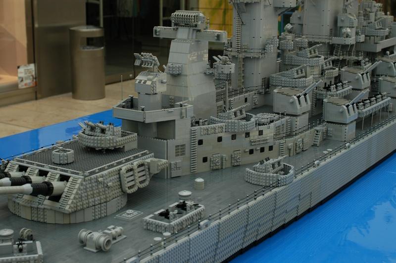 navires reproduits en lego - Page 2 13903216