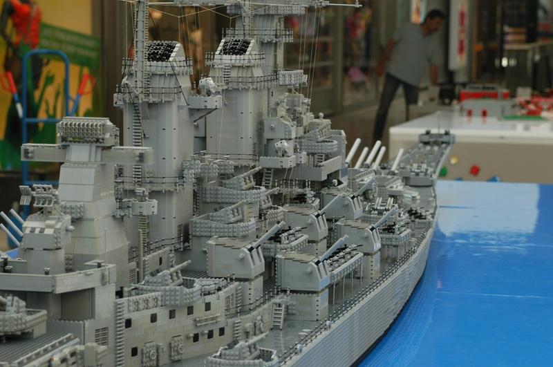 navires reproduits en lego - Page 2 13903219