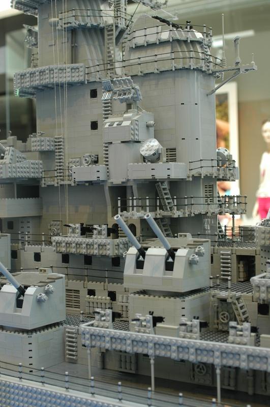 navires reproduits en lego - Page 2 13903221