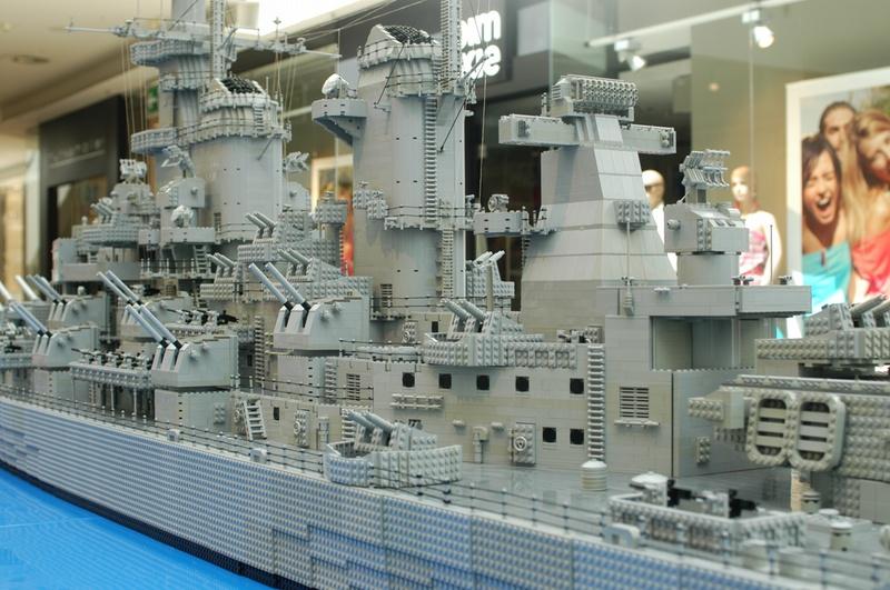 navires reproduits en lego - Page 2 13903222