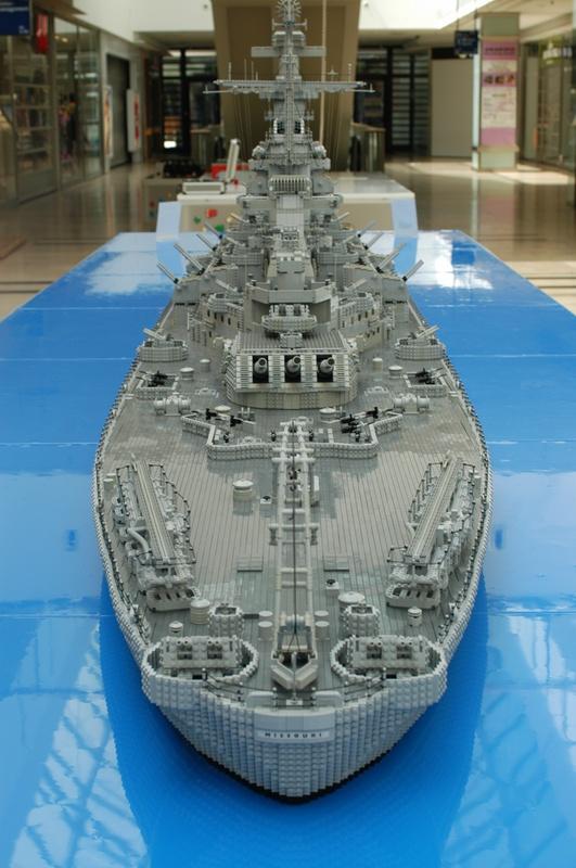 navires reproduits en lego - Page 2 13903224
