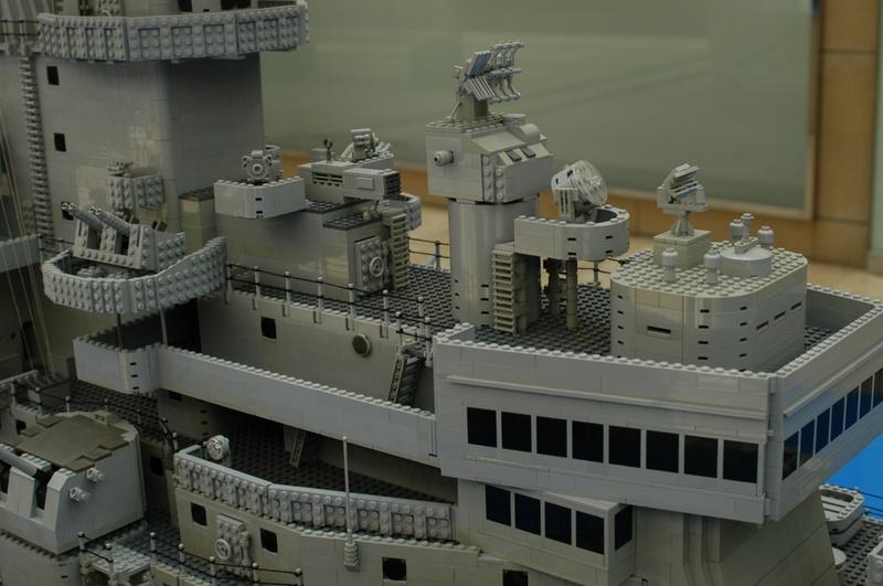 navires reproduits en lego - Page 2 13903226