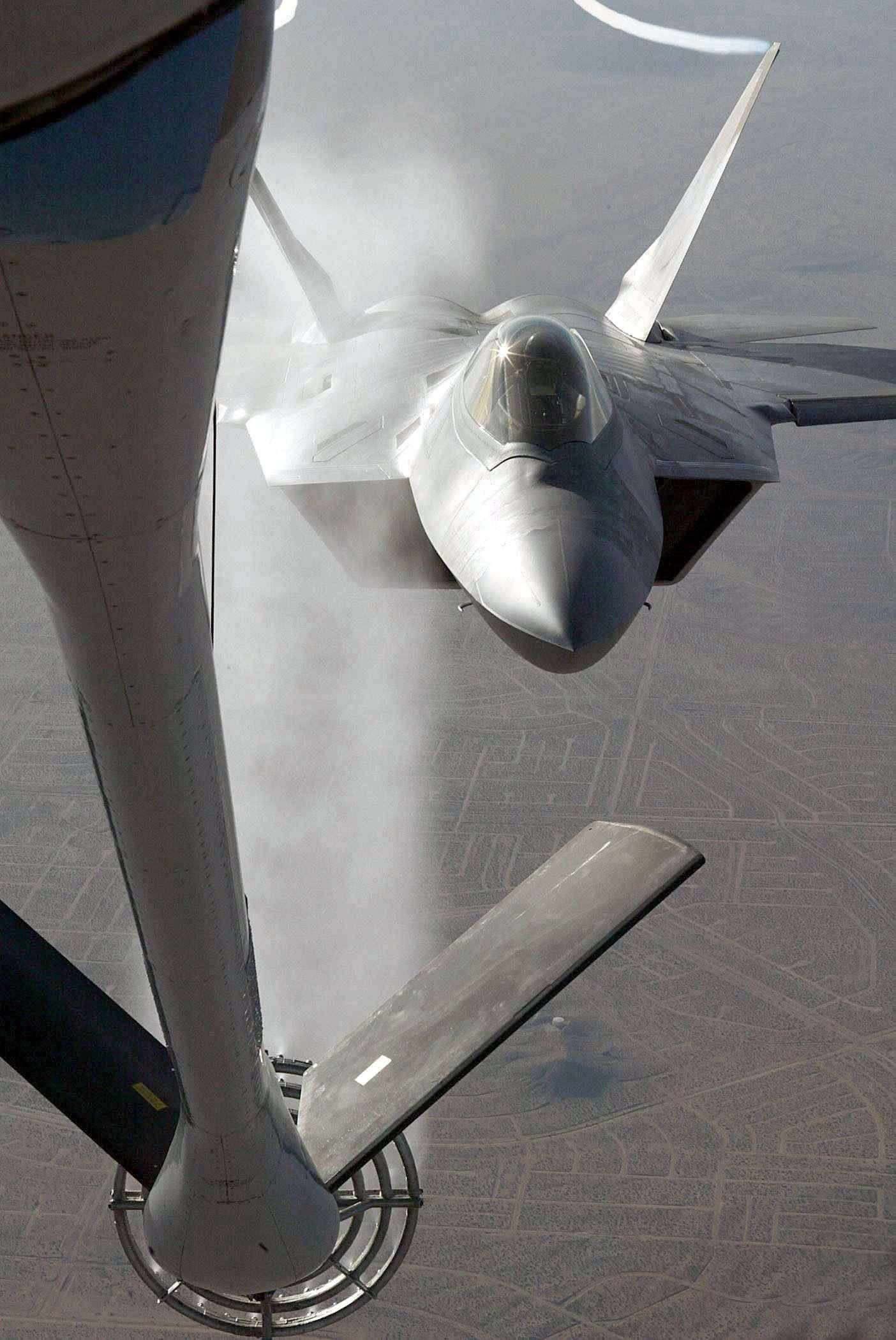 F-22 Raptor - Page 2 04021310