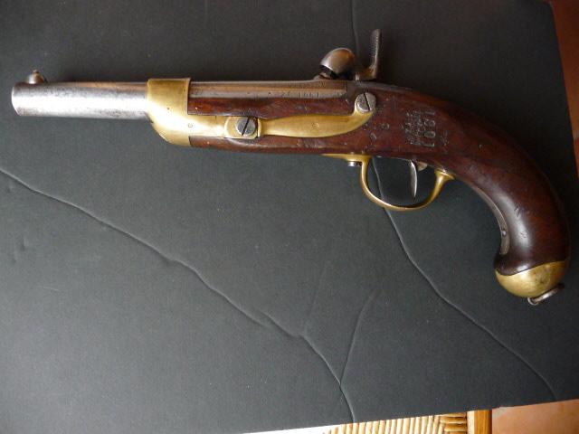 Pistolet de cavalerie Mle 1822 Tbis! P1060333