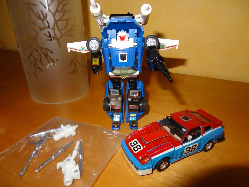 L'alliance Gobots/Transformers débarquent dans le 71 ! - Page 5 Dsc02317