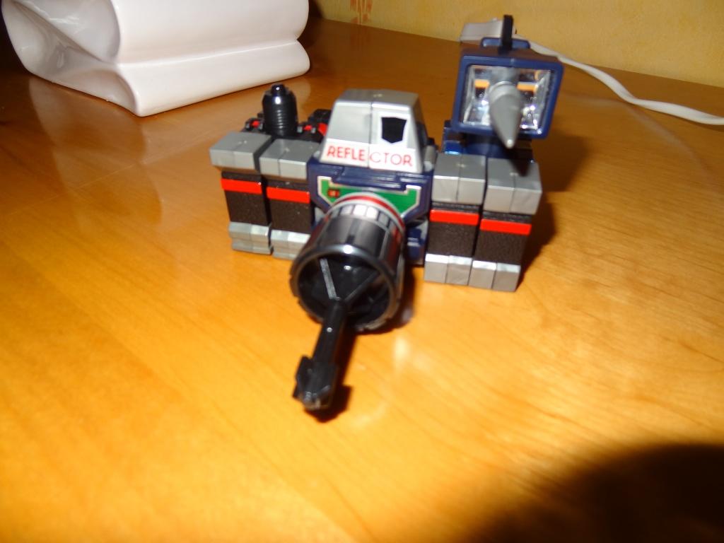 L'alliance Gobots/Transformers débarquent dans le 71 ! - Page 5 Dsc02332