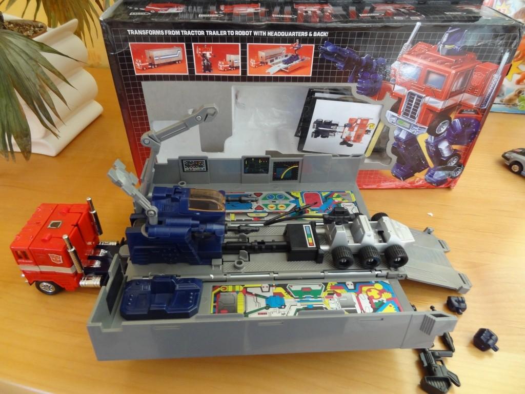 L'alliance Gobots/Transformers débarquent dans le 71 ! - Page 6 Dsc02337