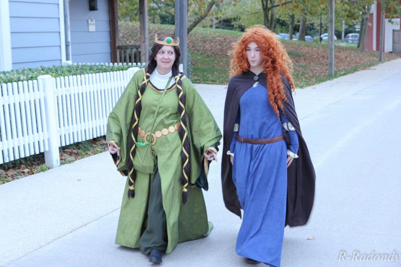 Merida et Elinor pour une soirée magique à DLP ! [Soirée Halloween 2013] Allowe21